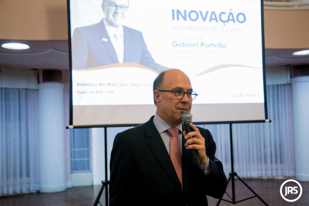 Gabriel Portella destaca a importância da inovação, em Porto Alegre (RS)