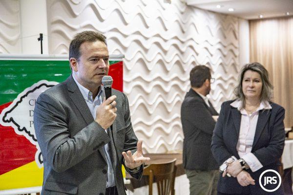 Fabio Chemello e Jane Manssur