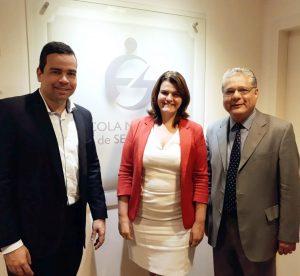 Antônio Edmir Ribeiro (diretor Social do CSP-MG), Nivea Barros (coordenadora da Unidade Minas Gerais da Escola Nacional de Seguros) e João Paulo Mello (presidente do CSP-MG)
