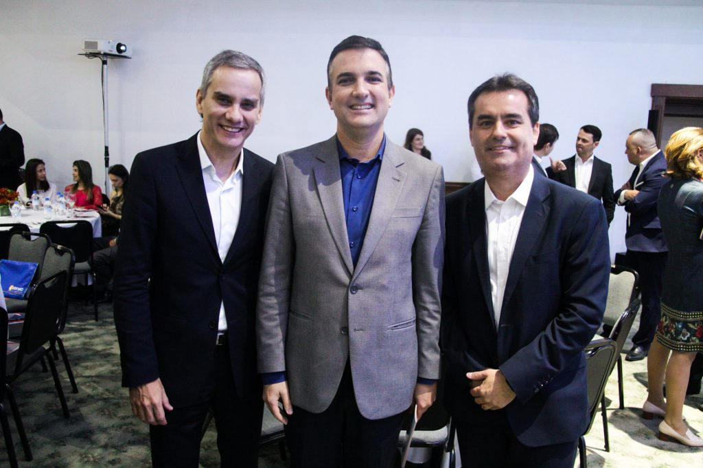 Os executivos Anderson Mundim, Leonardo Pereira de Freitas e Carlos Rodrigo Dias da Silva