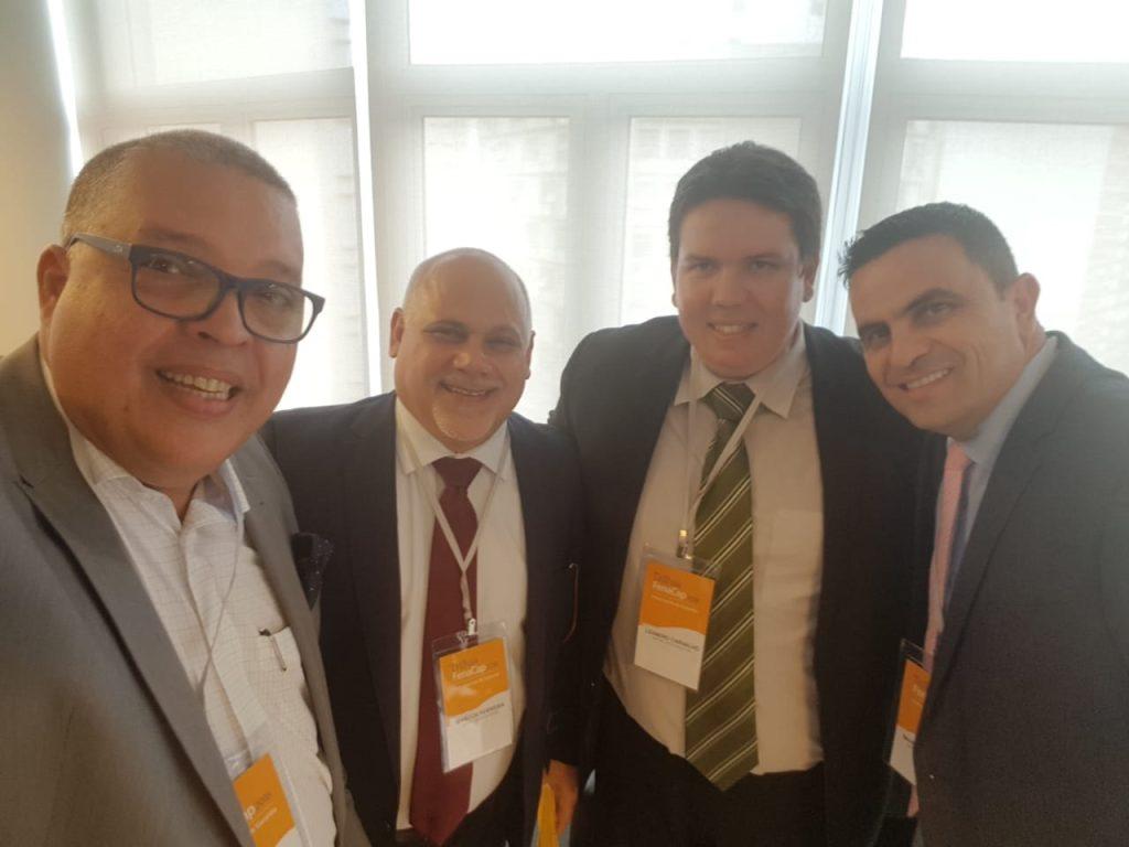 Fernando Vieira e os executivos da Mapfre: Marcos Ferreira, Leandro Carvalho e Marcos Hannickel / Divulgação