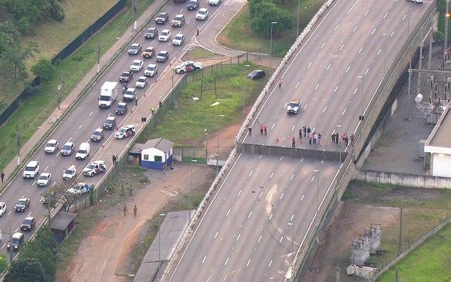 Obras públicas e a política de custos que derruba pontes