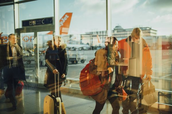 Remédios na bagagem: Affinity lista dicas para viajar sem problemas