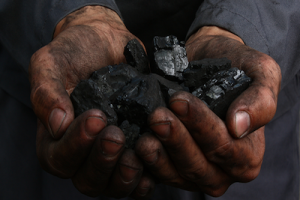Projeto de extração de carvão na Austrália gera mobilização e afasta seguradoras
