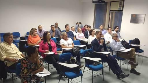 CVG-RJ realiza palestra sobre planejamento financeiro e proteção familiar