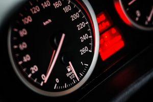 Soluções para aumento de receita em seguradoras de automóveis