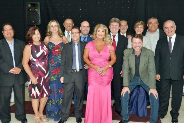 Membros da nova diretoria do Clubcor-MG
