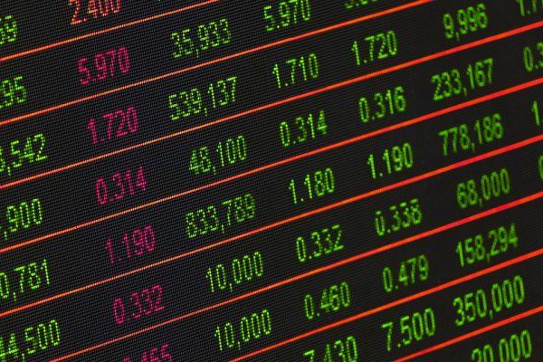 URGENTE: Bolsa brasileira ultrapassa 100 mil pontos pela primeira vez