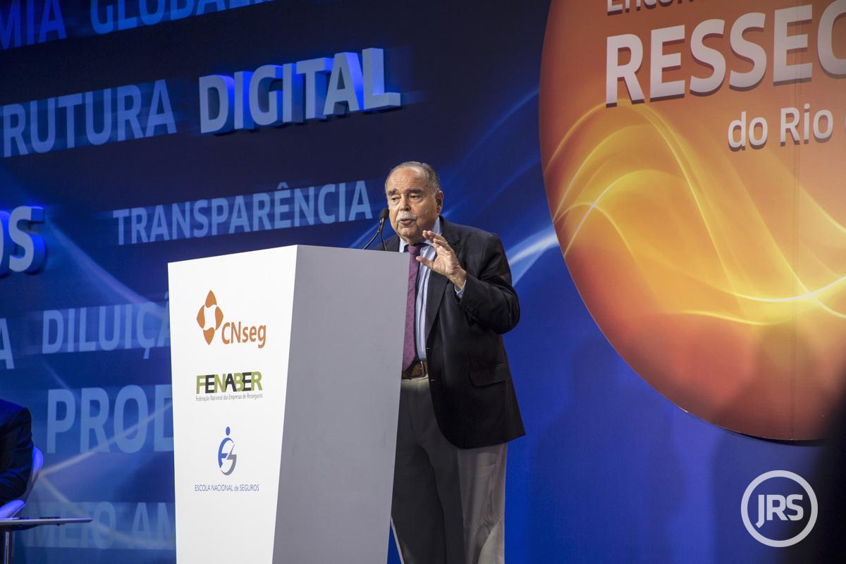 O professor de economia e decano do centro de Ciências Sociais da PUC-Rio, Luiz Roberto Cunha / William Anthony