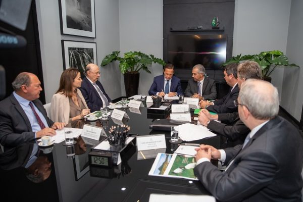 Governadores de SP e MS selam parceria na área de previdência complementar