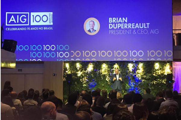 CEO Global da AIG visita o Brasil e reforça o potencial do País para os negócios da companhia