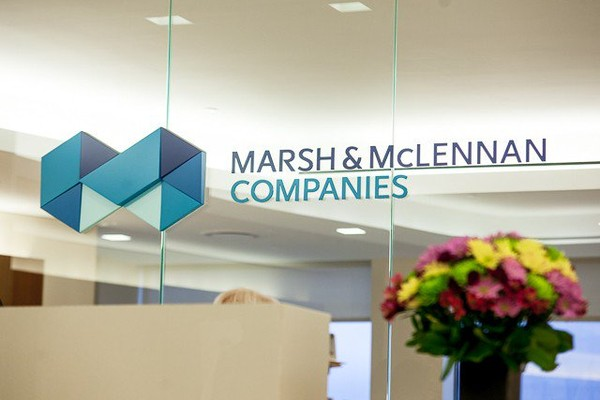 Marsh & McLennan Companies promove tradicional Happy Hour beneficente