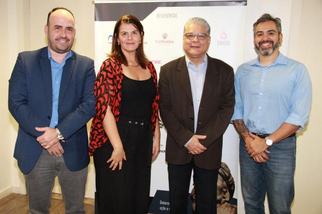 Gustavo Bentes (Sincor-MG), Nivea Barros (Escola Nacional de Seguros), João Paulo Mello (CSP-MG) e Gustavo Veneranda (SindSeg MG/GO/MT/DF)