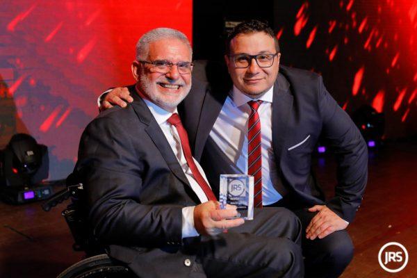 O presidente do Sindseg/RS, Guacir Bueno (E), na última edição do Troféu JRS / Arquivo JRS