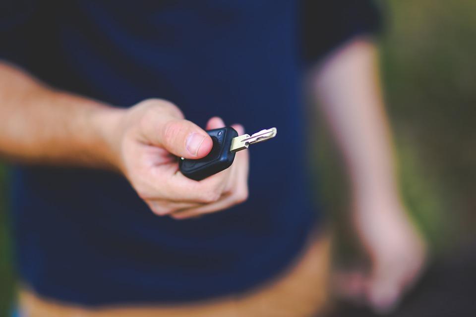 Até qual valor mensal você pode pagar no seguro auto?