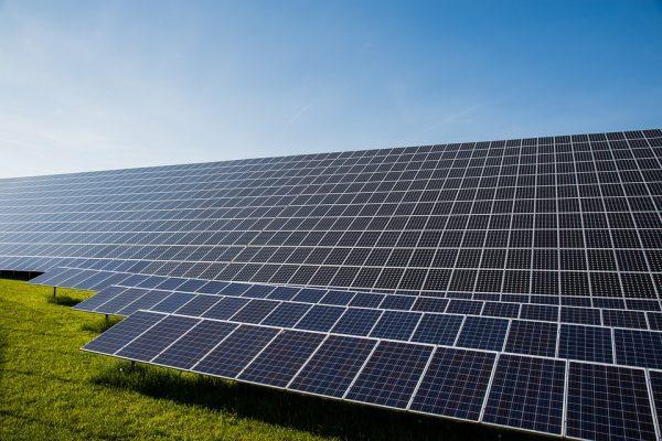 Liberty Seguros lança novo produto Engenharia Painéis Fotovoltaicos