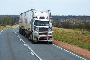 Suhai Seguradora tem seguro até 80% mais em conta para caminhões usados