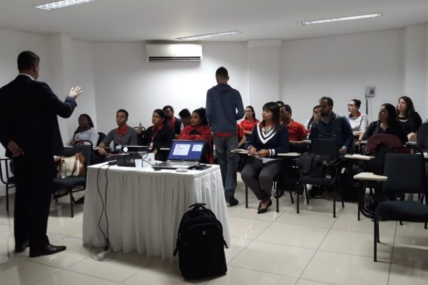 Velox Contact Center vê mercado promissor e promove treinamentos sobre rastreamento