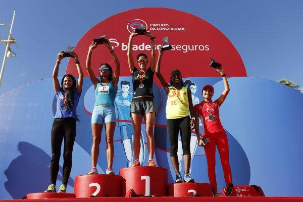 Simone Ferraz vence a etapa de Salvador do Circuito da Longevidade