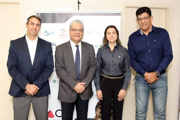 Sergio Prates (vice-presidente do CSP-MG), João Paulo Mello (presidente) e os diretores Fabiana Resende e Mauricio Tadeu Morais / Fotos: Arnaldo Athayde