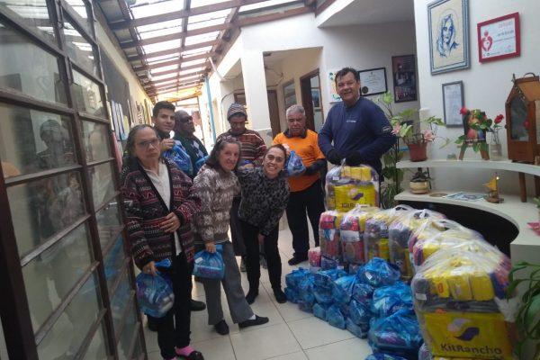 Colaboradores da Icatu e Rio Grande Seguros arrecadam mais de duas toneladas de alimentos