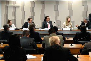 Medida Provisória visa garantir livre mercado e autoriza fundos de associações com autogestão