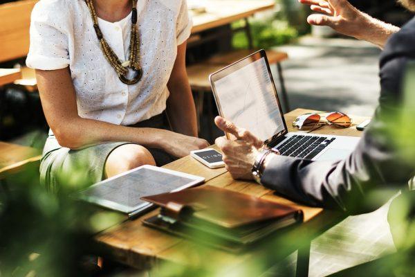 Como garantir a atenção integral à saúde dos colaboradores e melhorar o bem-estar e a produtividade?