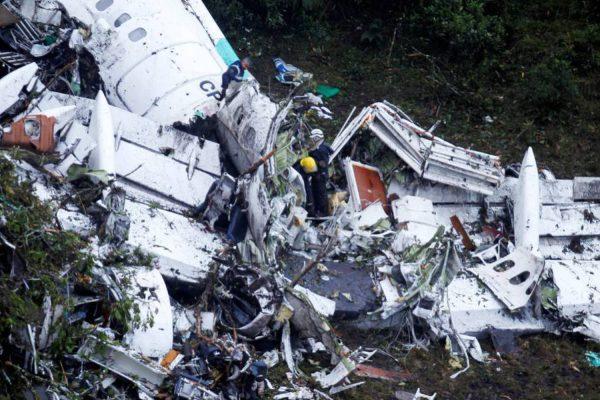 Irregularidade inviabiliza pagamento de seguro às famílias das vítimas de acidente com voo da Chapecoense