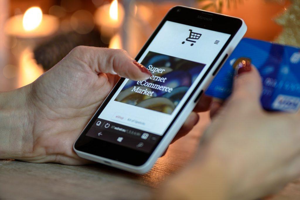 Entenda sobre o crescimento do mercado online no Brasil