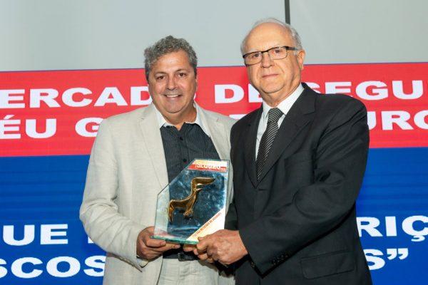 Infocar recebe prêmio por especialização na prevenção de fraudes para o mercado de seguros