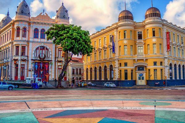 Destinos nacionais em alta: viagens domésticas lideram preferência de brasileiros