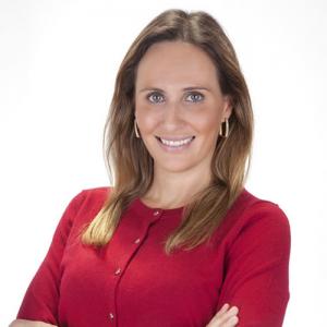 A advogada Lívia Mathiazi é responsável pela área de seguros e resseguros do Costa Tavares Paes / Divulgação