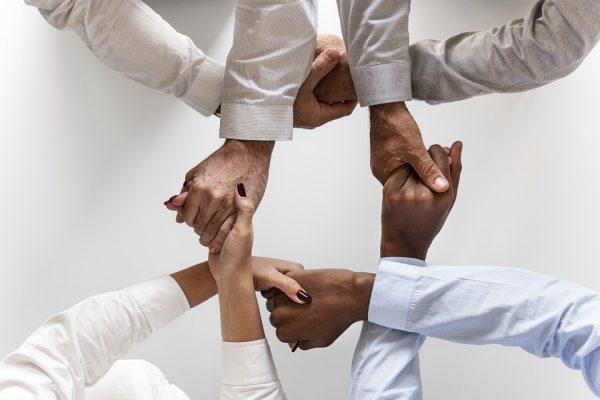 Fórum de Diversidade Racial promovido pela AIG discute a inclusão com representatividade e mais oportunidade a profissionais negros