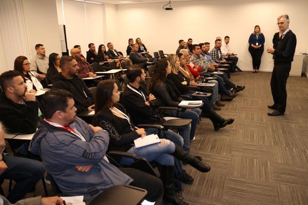 Allianz Partners promove treinamento de atendimento humanizado de assistência residencial