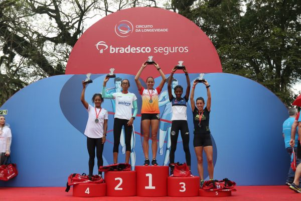 Tatiane Raquel da Silva vence a etapa de Porto Alegre do Circuito da Longevidade