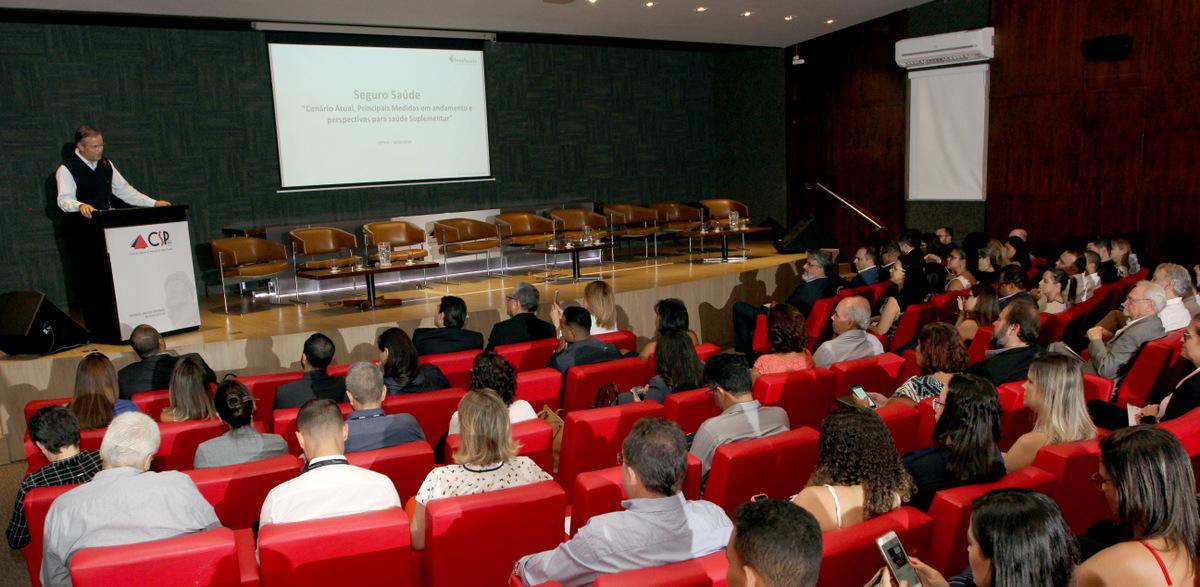 Público expressivo compareceu ao Seminário sobre Saúde Suplementar, realizado pelo CSP-MG / Foto: Arnaldo Athayde