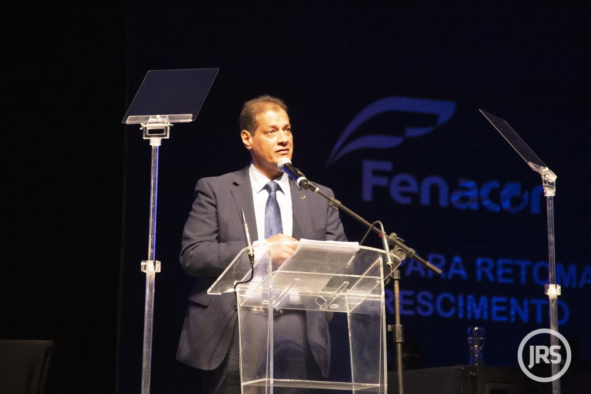 Armando Vergílio é presidente da Federação Nacional dos Corretores de Seguros