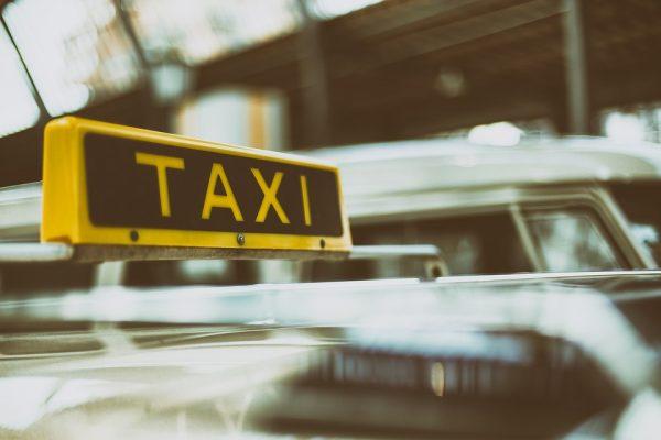 Azul Seguros amplia cobertura destinada a táxis para todo o país