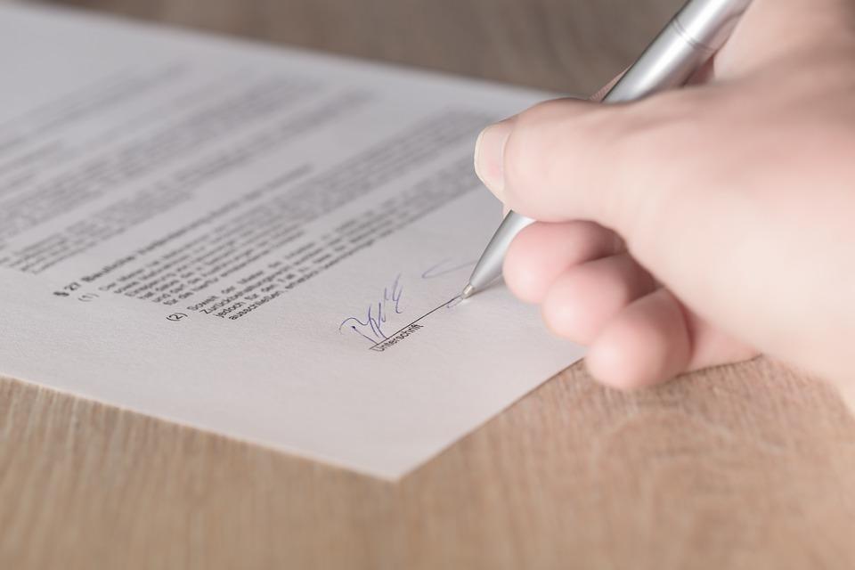 Grupo MBM contrata profissional administrativo em Salvador (BA)