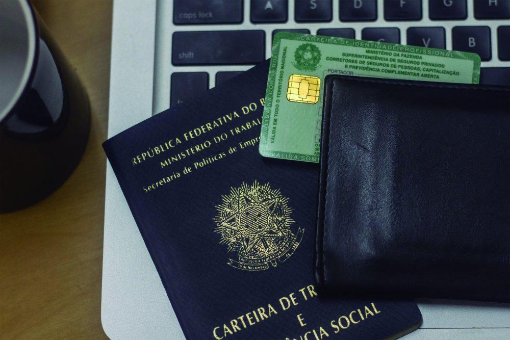 Fenacor lança comunicado sobre Medida Provisória que desregulamenta corretores