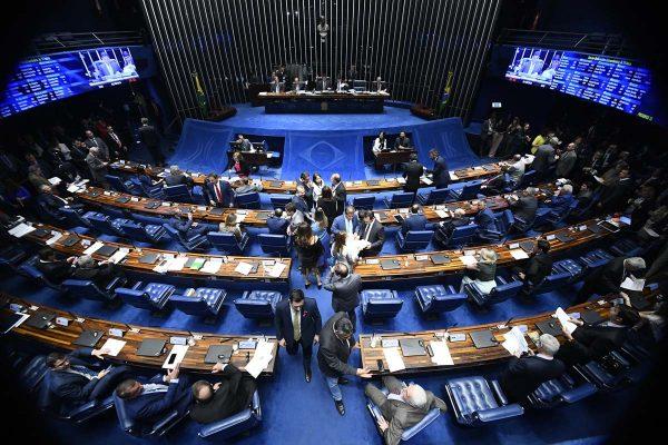 CCJ do Senado aprova prisão em segunda instância