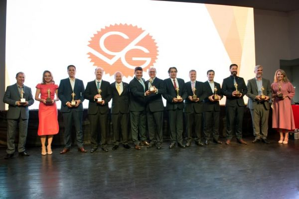 CVG-RJ realiza posse da diretoria 2019-2021 e entrega Oscar do Seguro