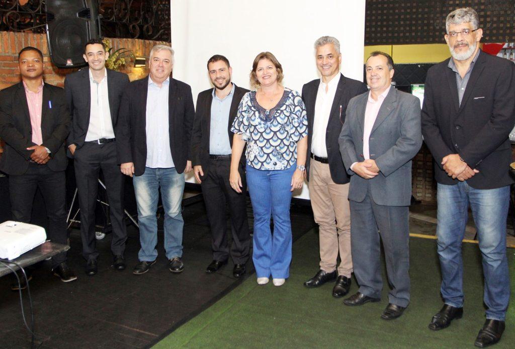 Diretoria da Ascor-MG recebeu convidados para celebrar as conquistas do ano (Foto: Arnaldo Athayde/Divulgação)