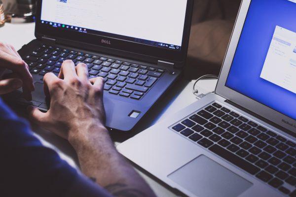 Interesse por seguros contra ataques cibernéticos aumenta, mas contratação ainda é baixa