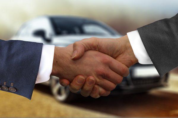 Como convencer motoristas sobre a importância do seguro auto