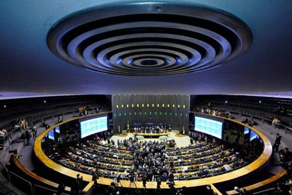 Frente Parlamentar Mista de Segurança Contra Incêndios avança em agenda de projetos
