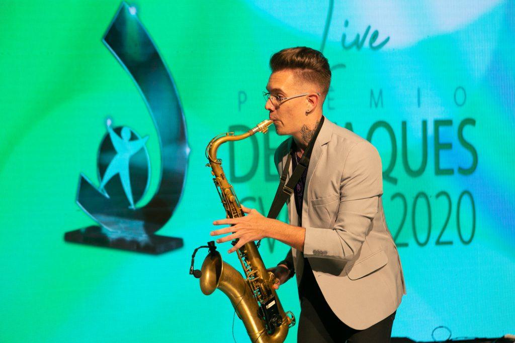 O saxofonista Mateus Simioni / Fotos: Salomão Cardoso/Divulgação