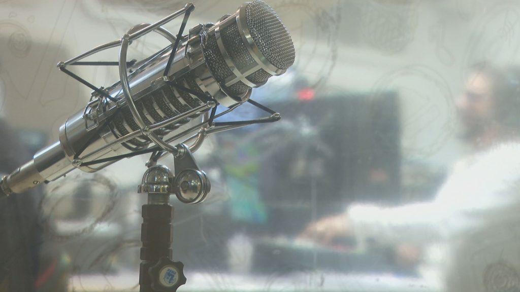 Rádio Transamérica estreia programação em conjunto com a CNN Brasil