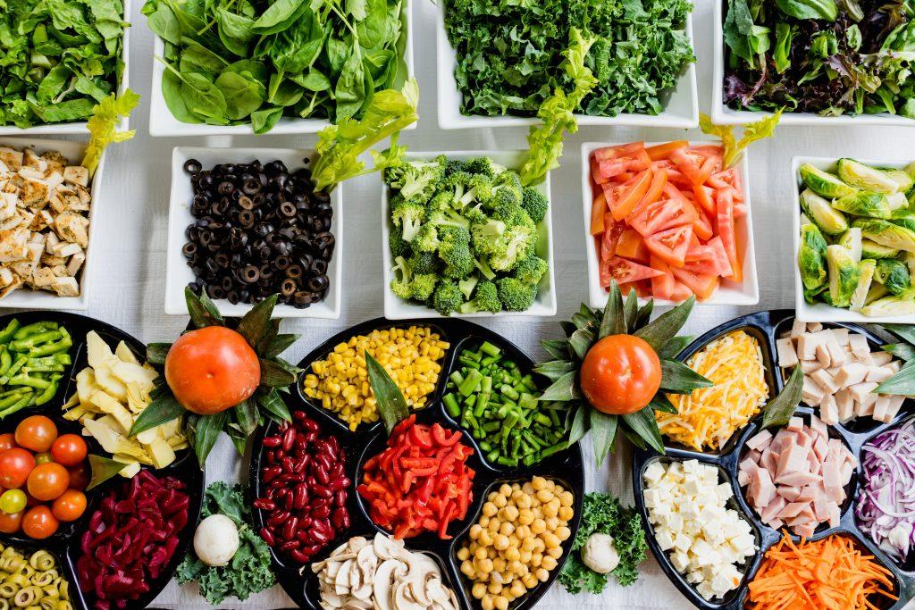 Sodexo traz dicas de receitas nutritivas e lança horta comunitária em Paraisópolis