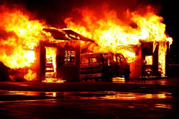 Notificações de incêndios estruturais em hospitais aumentam 96% até outubro